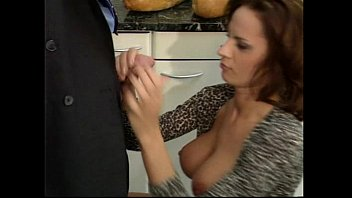 Wanda Curtis Strip Masturbation With Dildo