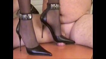 Mistress Tugce and Her Woman Slave